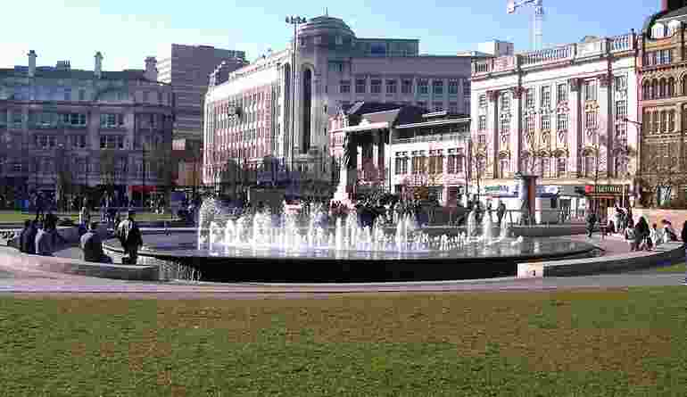 1200Px Piccadilly Gardens